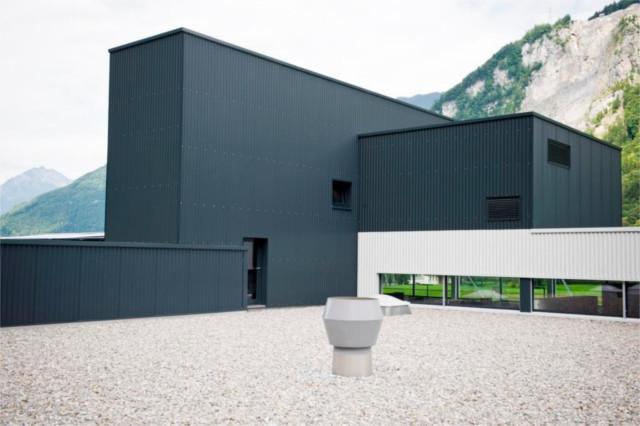 Co2-neutrales Produktions- und Bürogebäude