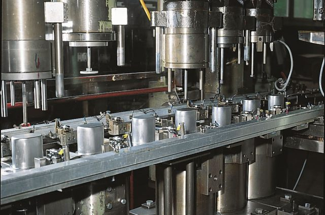 Stufenpresse Maschine