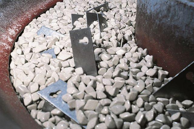 Stöckli Metall Trowalisieren