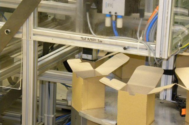 Stöckli Metall Verpackungsmaschine