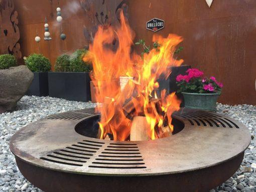 Grosse Feuerschale – auch zum Grillieren!