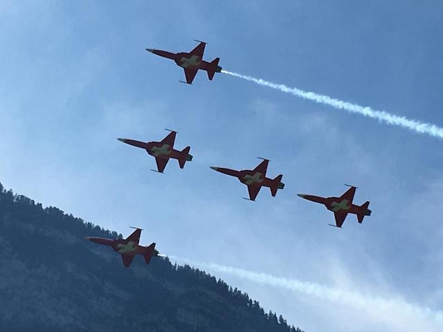 Patrouille Suisse am Himmel